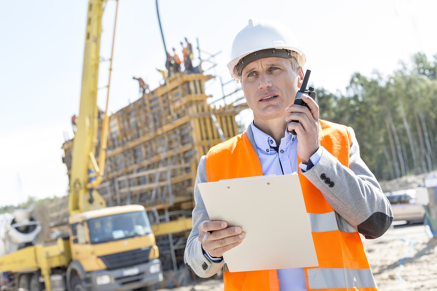 how construction workers can build a better resume